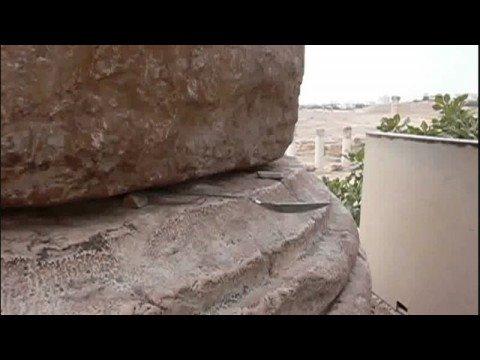 The moving column of the Artemis Temple - Jerash, Jordan