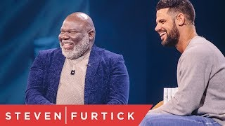 Скачать How To Build Your Vision From The Ground Up Q A With Bishop T D Jakes