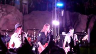 Puddle Of Mudd - Blurry (Live Hard Rock Pool Las Vegas 09-04-09)