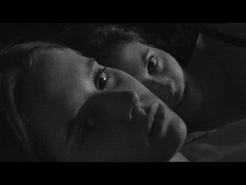 Piel suave, ojos violentos (Trailer) cortometraje lésbico LGTB.