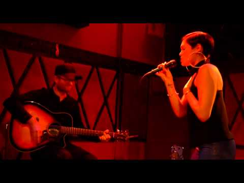 Jessie J - Strip [NEW SONG] (live @ Rockwood Music Hall 3/10/14 ACOUSTIC)