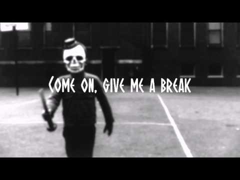 Clairity - Scarecrow (Lyrics)