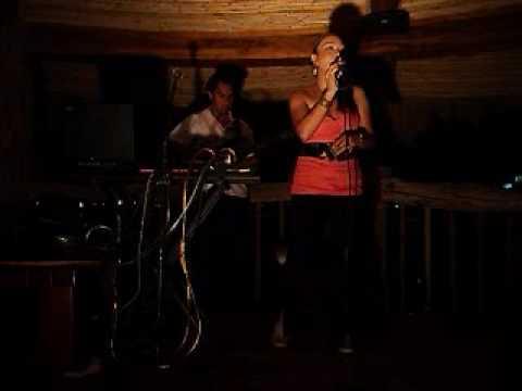 dancando lambada; performed by music heart duo