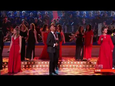 Kinky Boots cast performs at Carols by Candlelight