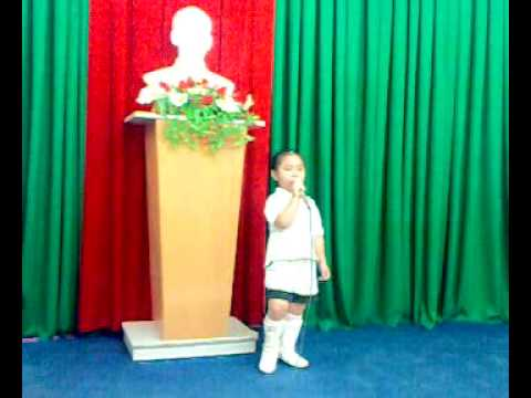 Be Khanh Ngan Hat Chi Nhanh VIETTEL Can Tho .mp4