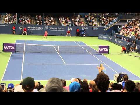 2014.08.15 - Western & Southern Open: Maria Sharapova vs Simona Halep 001