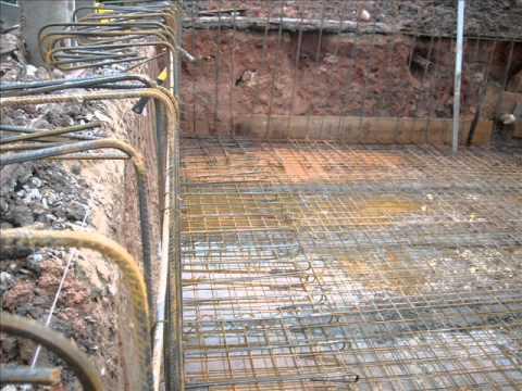 Constru o de piscina em alvenaria youtube for Como hacer una pileta de cemento