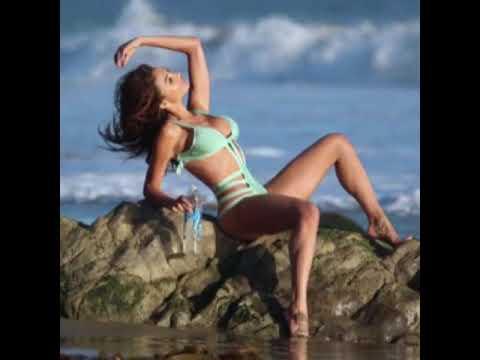 Raven Lexy at a beach photoshoot
