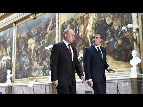 REPLAY - Emmanuel Macron et Vladimir Poutine au Château de Versailles