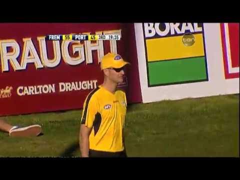 Highlights - V Port Adelaide Round 14 2010