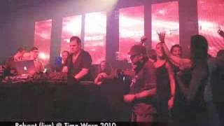 Reboot live @ Time Warp 27.03.2010 Mannheim - Caminando - peaple sit down
