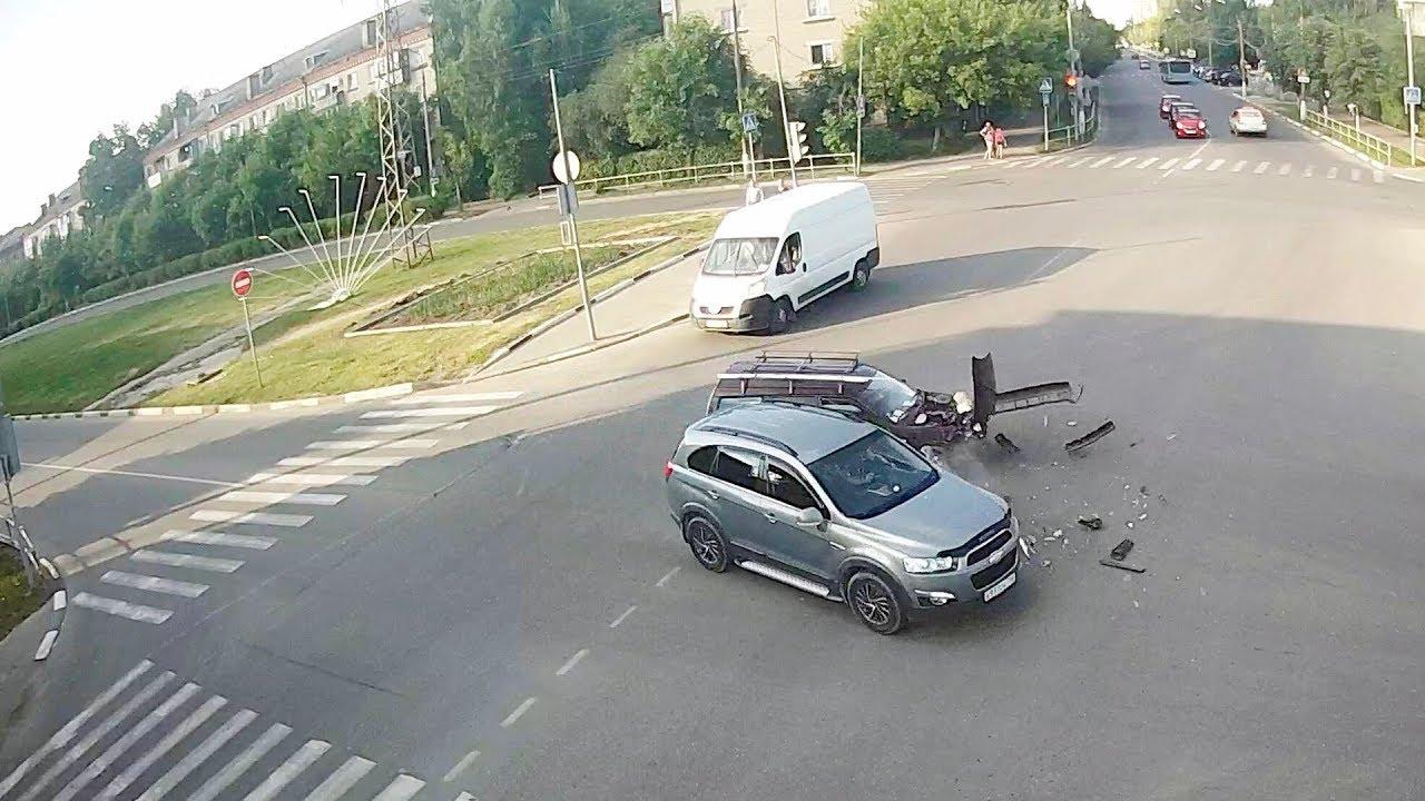 ДТП в Серпухове. Разнесло вдребезги... 17 июня 2018г.