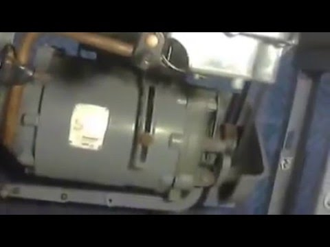 Singer 400400 Industrial Sewing Machine Pt 40040 YouTube Fascinating Singer Sewing Machine 281 1