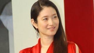 女優の小雪さんが11月19日、東京都内で行われたスキンケアブランド「SK...