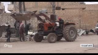 أهالي بلدة قباسين يعودون إليها بعد طرد تنظيم الدولة منها