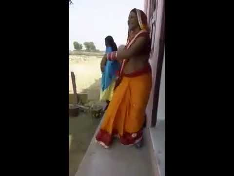Desi aunties showing boobs