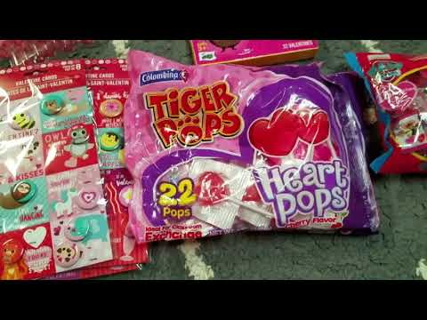 Valentine's Day Gift Bags for Class 2018 | Dollartree
