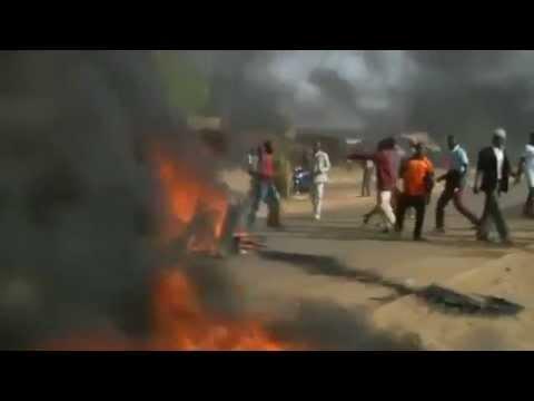 Anti-Charlie Hebdo Protesters In Niger Burn Churches