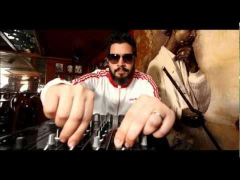Oscar G- Agua Bendita