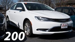An attempt at reviving the sedan || 2016 Chrysler 200 Limited || Tour [4k]