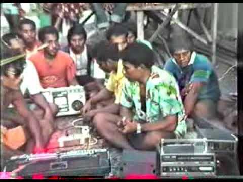 Te Rerio (Kiribati String Band)