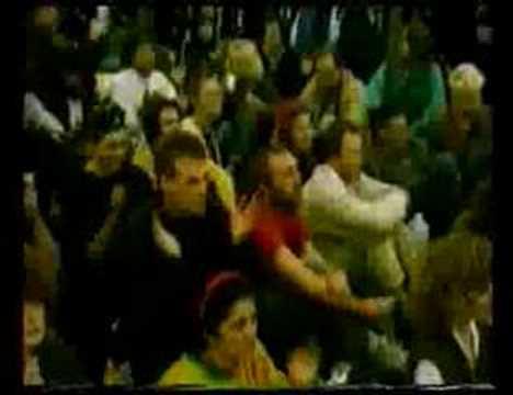 Nusrat Fateh Ali Khan - WOMAD - Shabaz Qalandar part 1/2