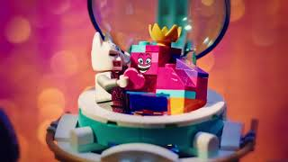 LEGO - Fit for a Queen stop motion video