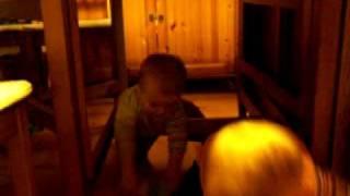 Zabawy pod stołem 11.01.2008