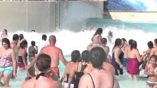 Большие волны в аквапарке Olympus