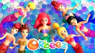 Little Mermaid Ariel Swimming in Orbeez with Her Mermaids Sisters Color Changing Dolls Underwater