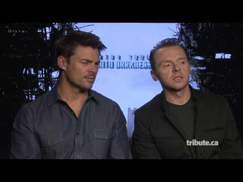 Karl Urban & Simon Pegg - Star Trek Into Darkness Interview HD