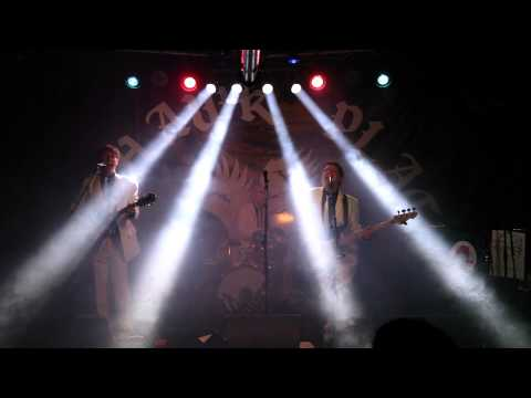 """The Waves """"(She Gets In My) Head"""" live at Mohawk Place - Buffalo, NY 4/17/15"""