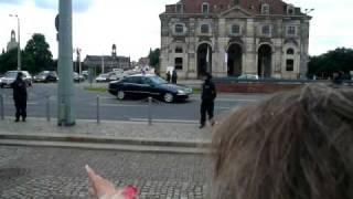 Obama fährt am Goldenen Reiter in Dresden vorbei am 5.9.2009