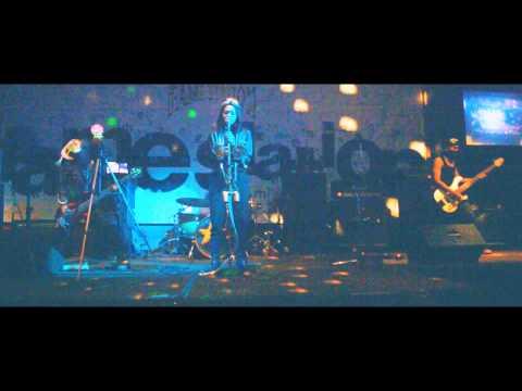 KORN VICTIMIZED cover - ANSYAF TECHNO ft ARINI RISRIS live FAMESTATION