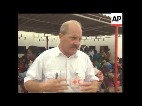 Angola - Princess Diana visits ante-natal clinic