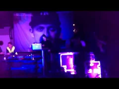 Fronda - Rullar Fram (Live på Kharma)