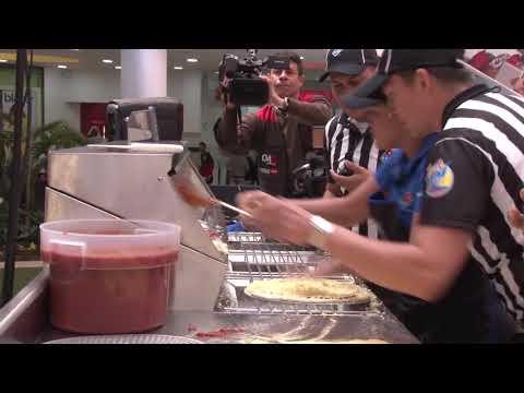 Fastest Pizza Maker Colombia 2018. Domino's Pizza.