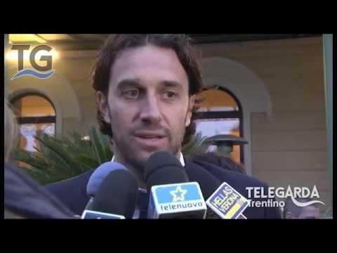 Intervista a Luca Toni e Premiazione Beppe Viola 2015