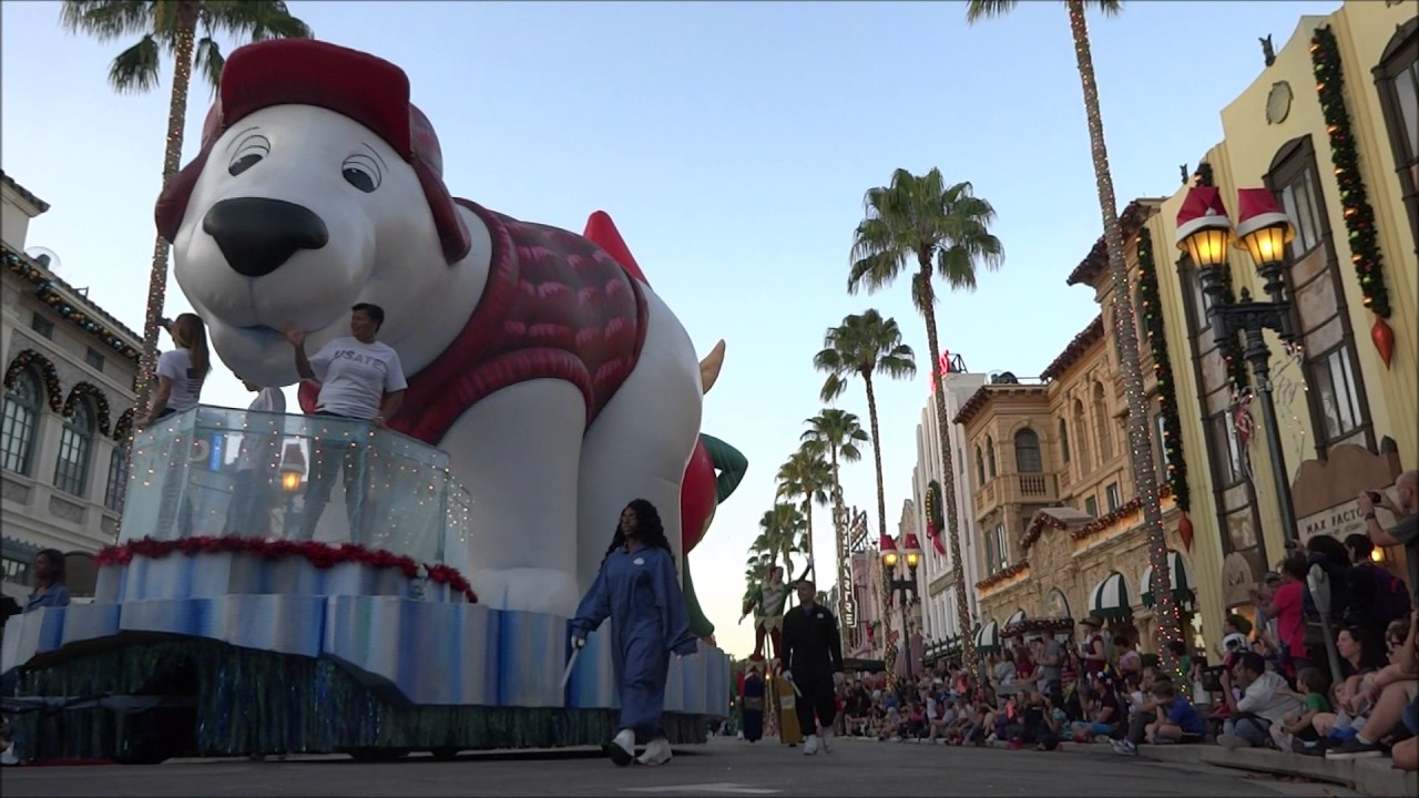 Macy's Holiday Parade 2016 Hollywood Blvd Perspective ~ Universal Orlando Resort