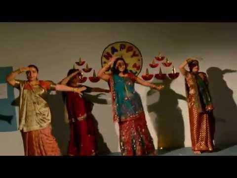 Sasural Genda Phool dance