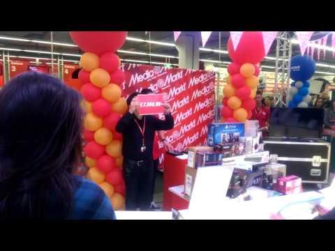 """Crazy Shopping / The Winner"" by Media Markt Gosselies / Belgium"