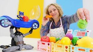 Nicoles Grüne Box - Catboy im Obst- und Gemüseladen - Spielzeugvideo für Kinder