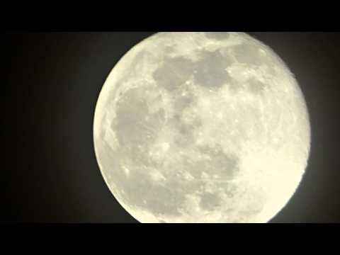 Zooming the moon with my Lumix FZ70