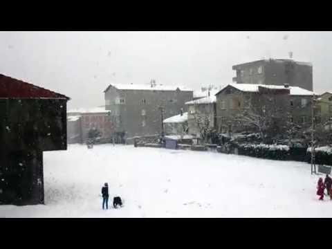 Kavakpınar'da karlı bir gün. 8 Ocak 2015 Pendik / İstanbul