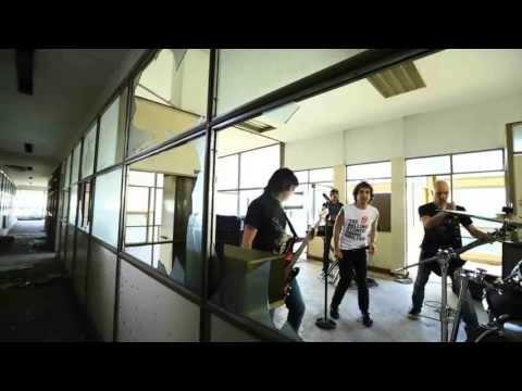 Pier -  Herido y coleando (Videoclip Oficial)