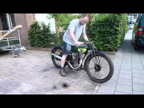 Royal Enfield 1929 350 OHV for sale at www.classic-motorcycles.nl