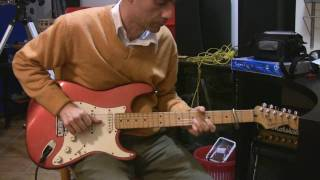 "How to play some ""Setting me up"" riffs - Dire Straits"