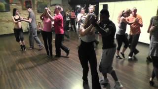 Видео: Yoandy Villaurrutia - Bachata 16.11.11