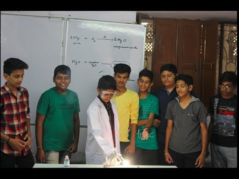 Chotu Scientist --Burning Of Magnesium Metal Ribbon: Experiment By Class 10th Student Anuj Sharma
