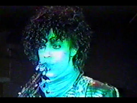 Prince & the Revolution -Computer Blue (Live @First Avenue '83)